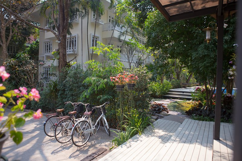 KreeLynn Resort, holiday rental in Chang Phueak