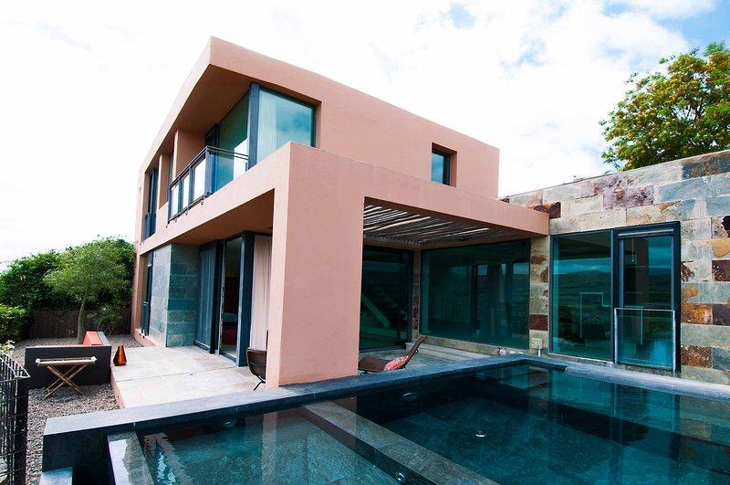 Villa with private pool Salobre Villas Deluxe II, vacation rental in Montana La Data