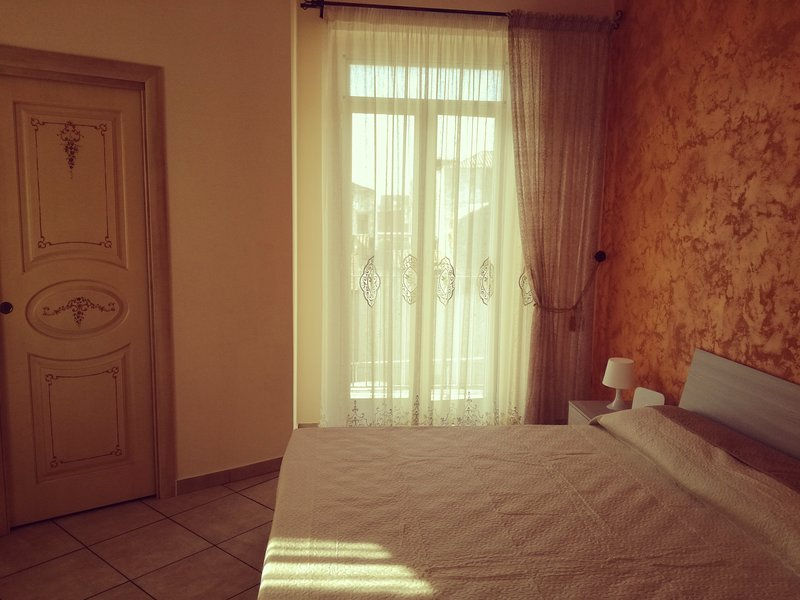 Porta Tv Catania.Porta Garibaldi Apartment Has Cable Satellite Tv And