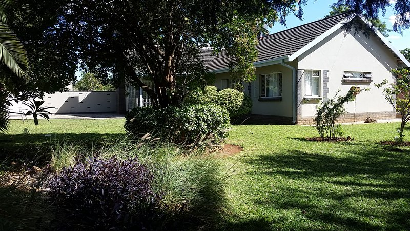 The Promise- A Charming House Close to Everything, vacation rental in Bulawayo