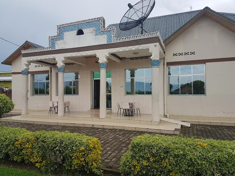 Auberge Ikaze (Room 205), casa vacanza a Mgahinga Gorilla National Park