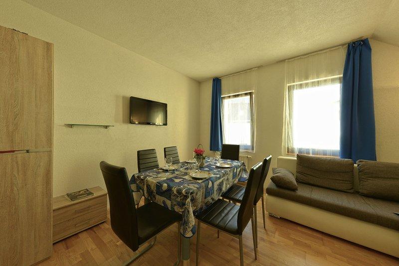 Jacobs Resort House Podkoren | Apartment 2 | 100 m2 | Kranjska Gora, vacation rental in Ratece