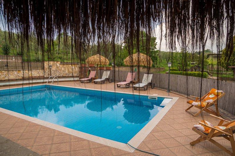 Villa in campagna Due Miglia uso turistico, holiday rental in Bracciano