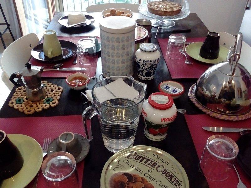 Romantic Suite with breakfast in centre of Trapani, location de vacances à Casa Milazzo