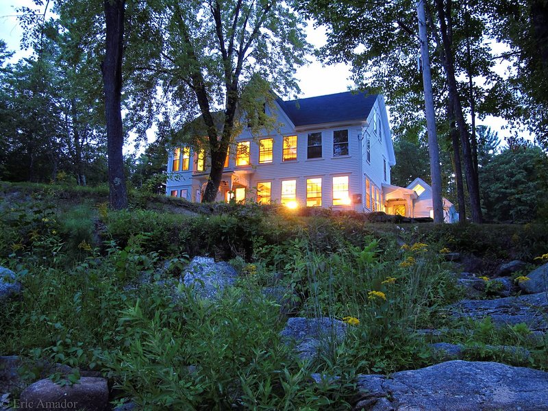 Spacious South Tamworth Home on Bear Camp River, alquiler de vacaciones en Chocorua