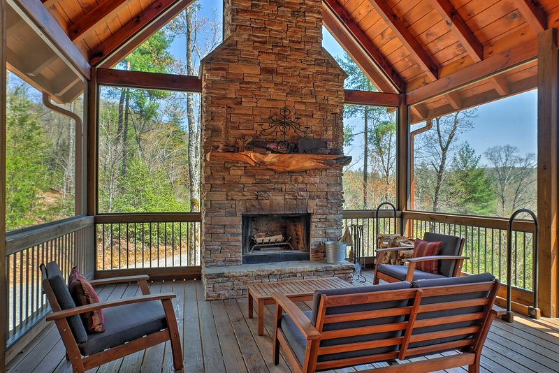 Your peaceful mountain retreat awaits at this charming Cherry Log cabin!