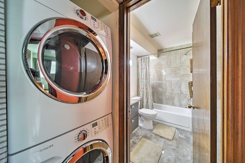 Keep your clothes feeling fresh with a spin through the in-unit laundry machines.