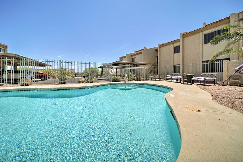 Take advantage of the condo's location within walking distance of shops and more!