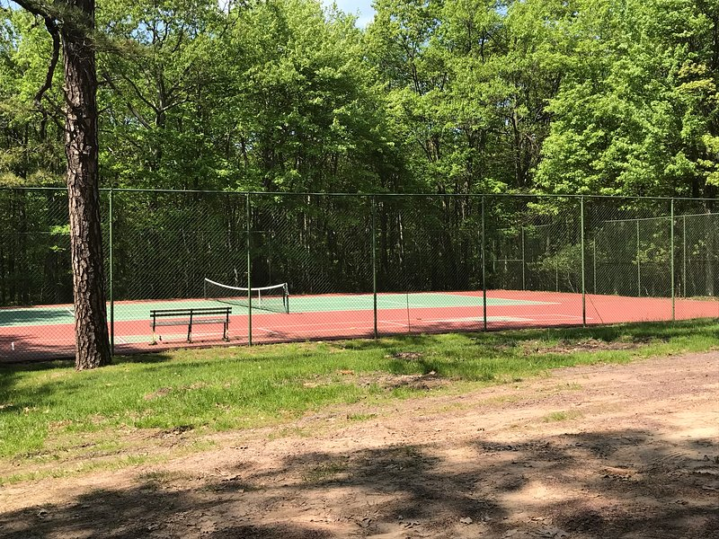 Community Tennis  Courts with Additional Beach Parking