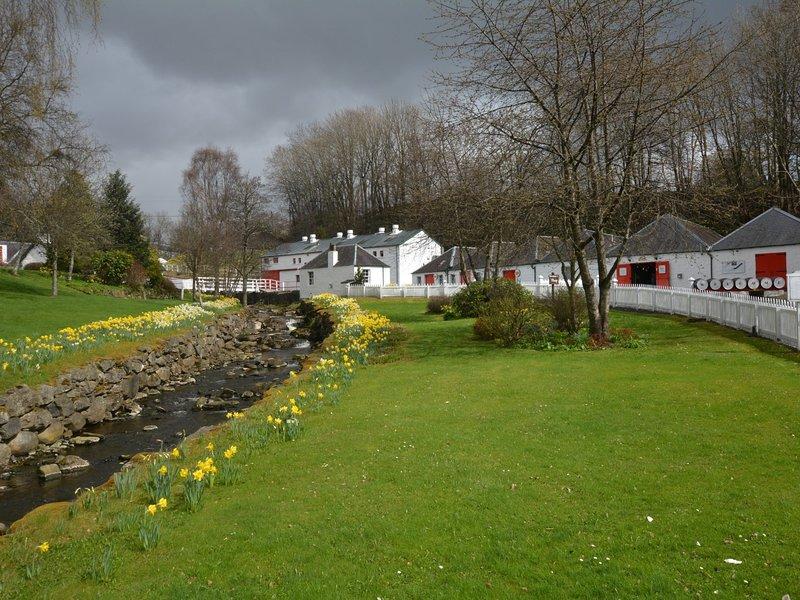 Maravillosas vistas de Glen desde la propiedad con vistas a Pitlochry