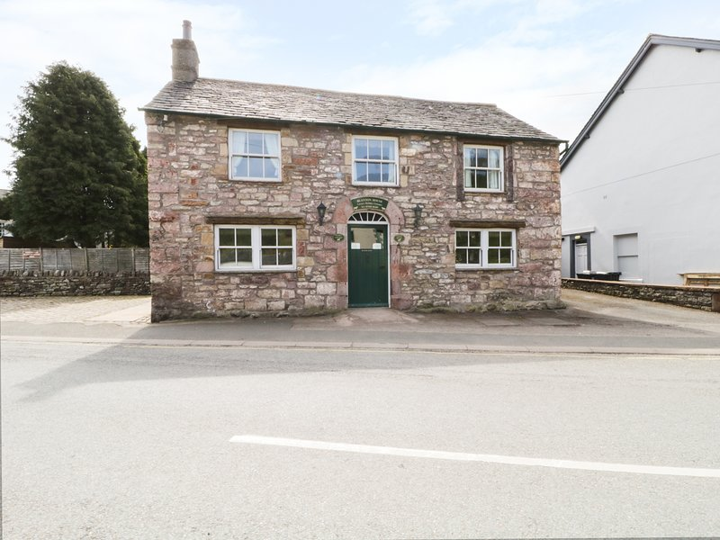 COACH HOUSE, family-friendly, en-suite facilities, great location, in Pooley, holiday rental in Askham