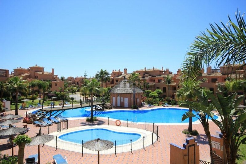 3 Bed Ground Floor apartment, vacation rental in Benamara