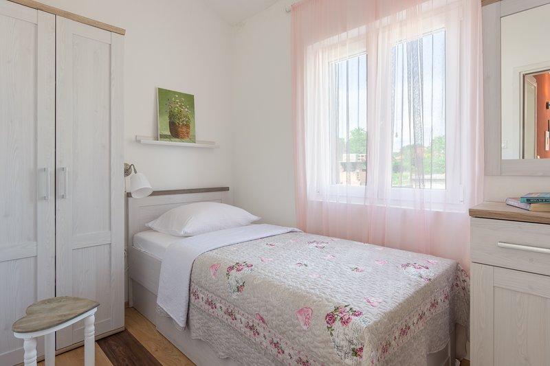 Apartment Mara, location de vacances à Vrsi