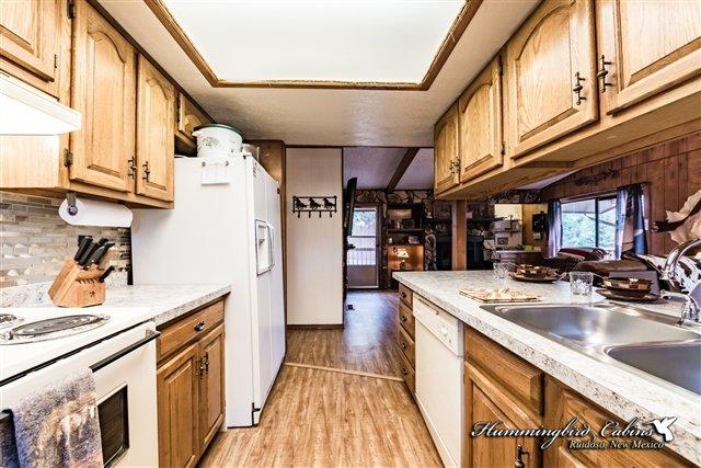 Una vista desde el interior de la cocina