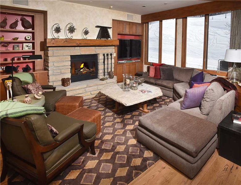 Highlands Slopeside #220, holiday rental in Beaver Creek