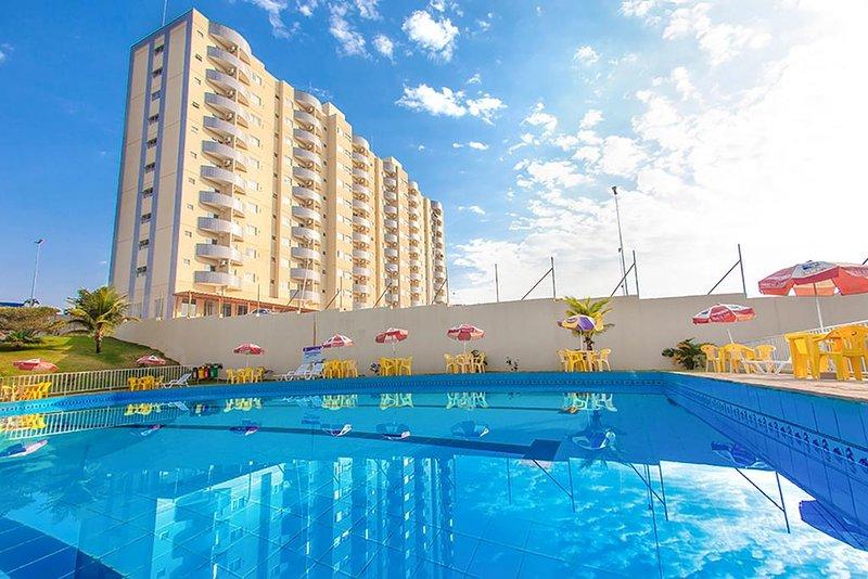 GOLDEN DOLPHIN EXPRESS FLAT 913, location de vacances à Caldas Novas