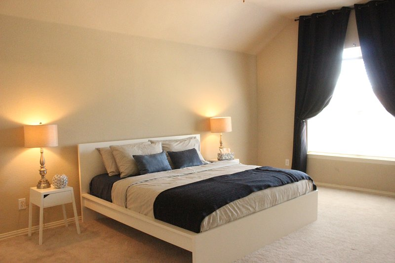 Master's Bedroom (King Size Bed) with Large Private Bathroom and Walk-In Closet