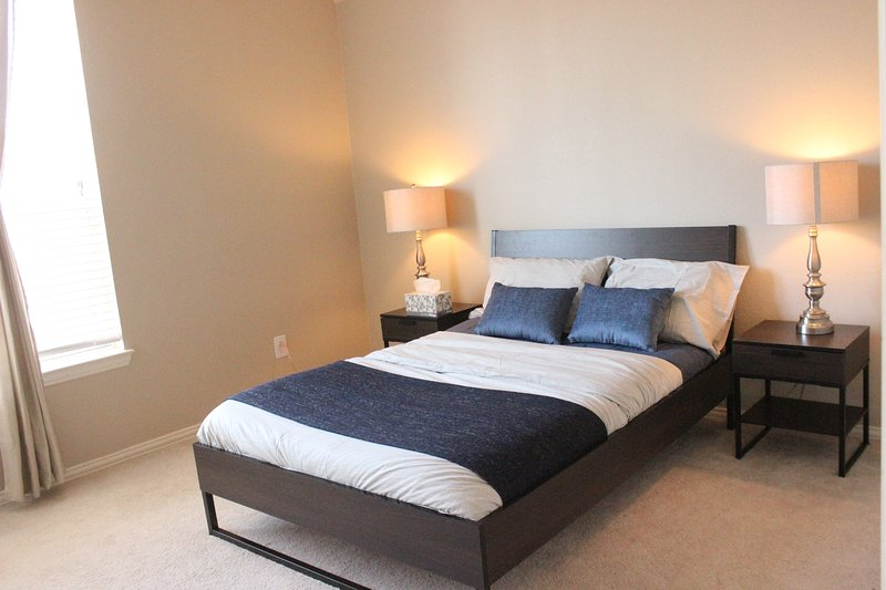 Small Bedroom No. 1 (Double Size Bed) with Shared Bathroom and Walk-in Closet