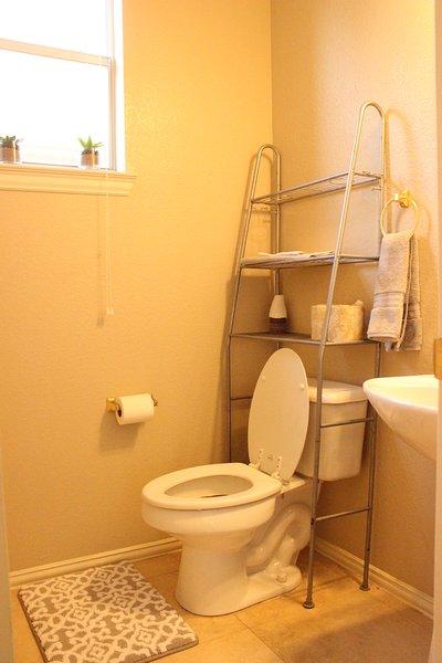 1nd Floor Small Bathroom