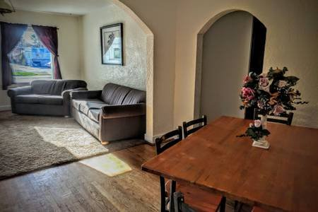 Guesthouse on Bridge close to Yellowstone & Grand Teton National Parks & BYUI, casa vacanza a Parker