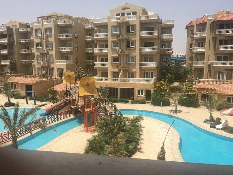 Sunny 1 Bedroom Apartment in Moona Sharm Elsheikh, holiday rental in Sharm El Sheikh