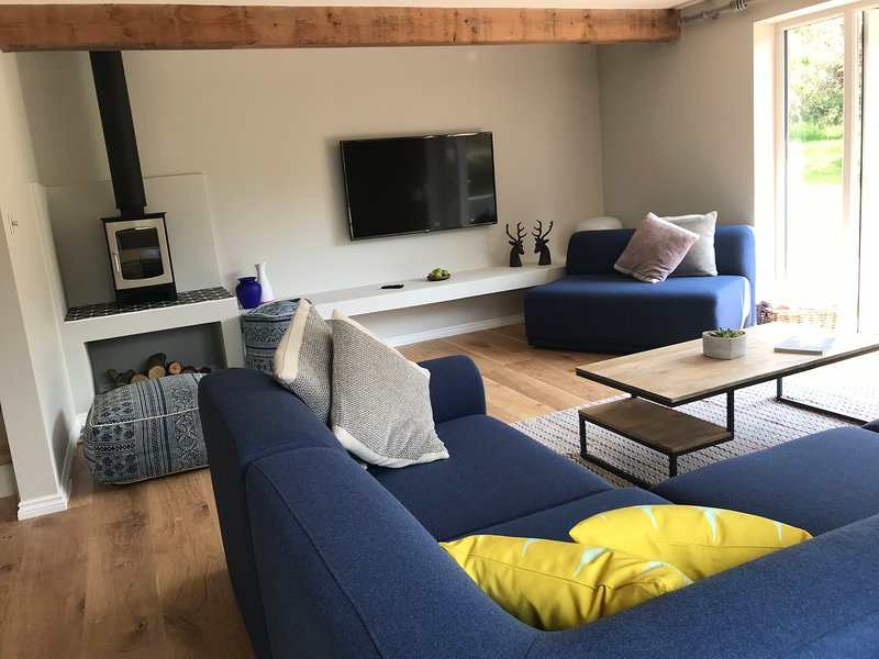 Bramley Cottage near Chichester and West Wittering, holiday rental in Chichester