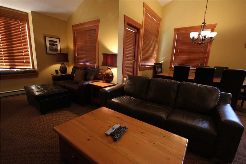 Pinnacle Ridge Chalet 47-101, holiday rental in Sparwood