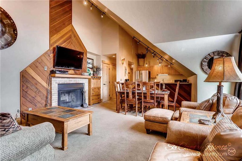 Ski Country Penthouse 4 by Ski Country Resorts, location de vacances à Breckenridge
