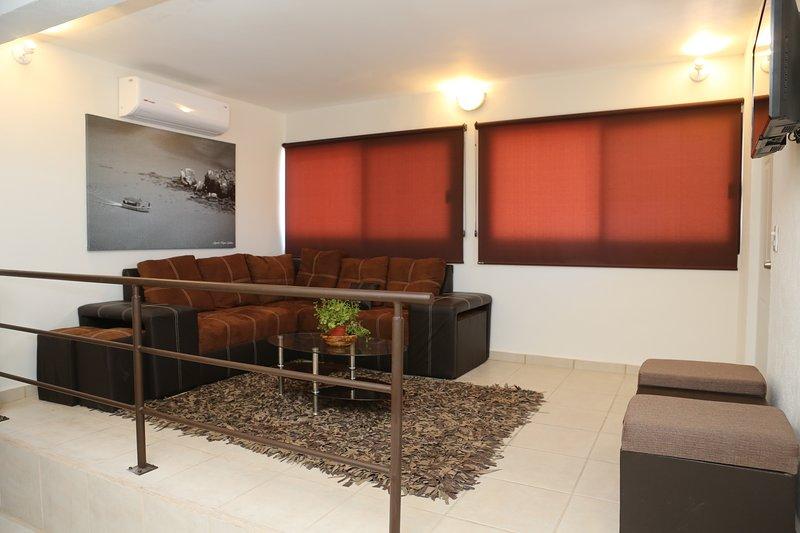 Villa Carey Apartment 2, vacation rental in La Paz