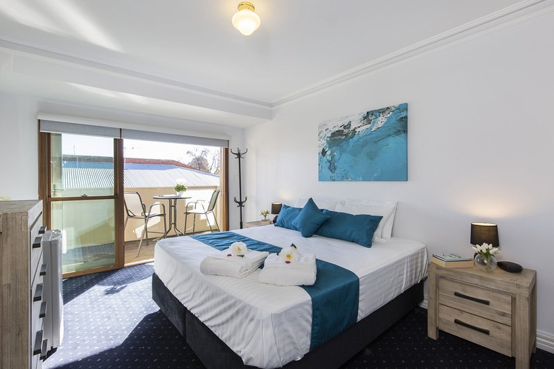 Carrington Charm - CBD - Parking - Wifi, holiday rental in Adelaide