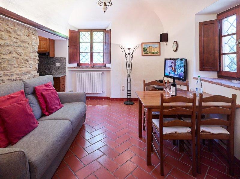 L'Angolo - Weingut Podere Cortilla, vacation rental in Volterra