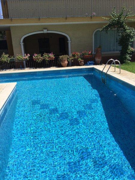 Villa rosyiano swimming pool and sea, vacation rental in San Pietro Clarenza