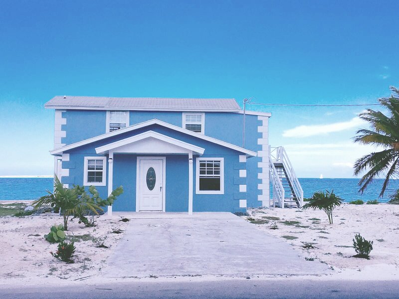 Exuma Blue, vacation rental in George Town