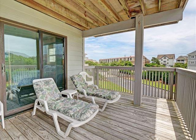 Cordgrass Bay 2315E Deck