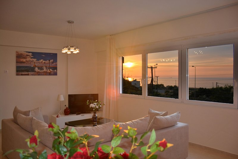 Great sea view Suite-Blue, vacation rental in Stavromenos Rethymnis