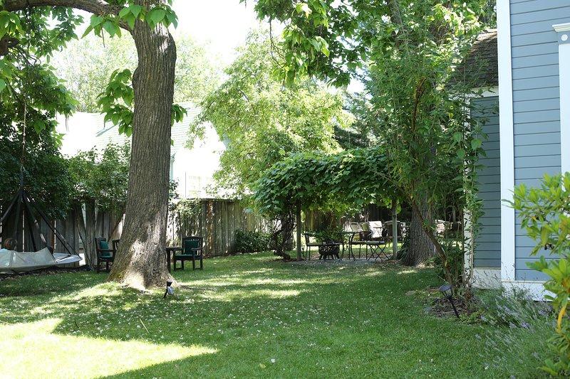 Pelton Garden