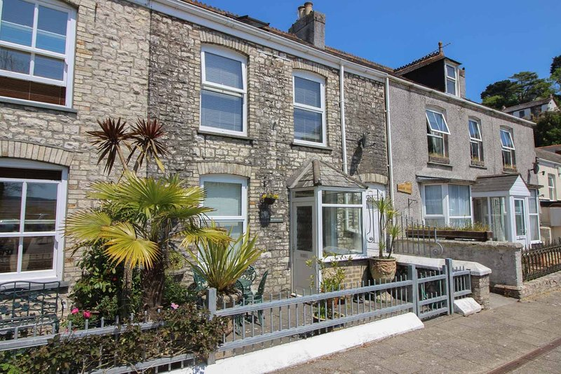The Customs House, holiday rental in Grampound