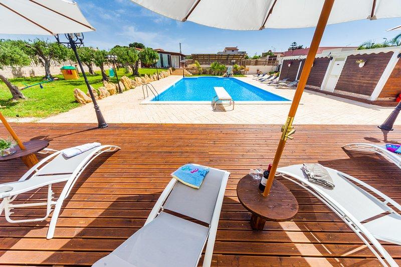 Villa Mamma Eleonora, holiday rental in Locogrande
