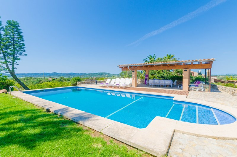 FINCA CAN SETRI - Villa for 8 people in Sant LLorenç des Cardassar, holiday rental in Sant Llorenç des Cardassar