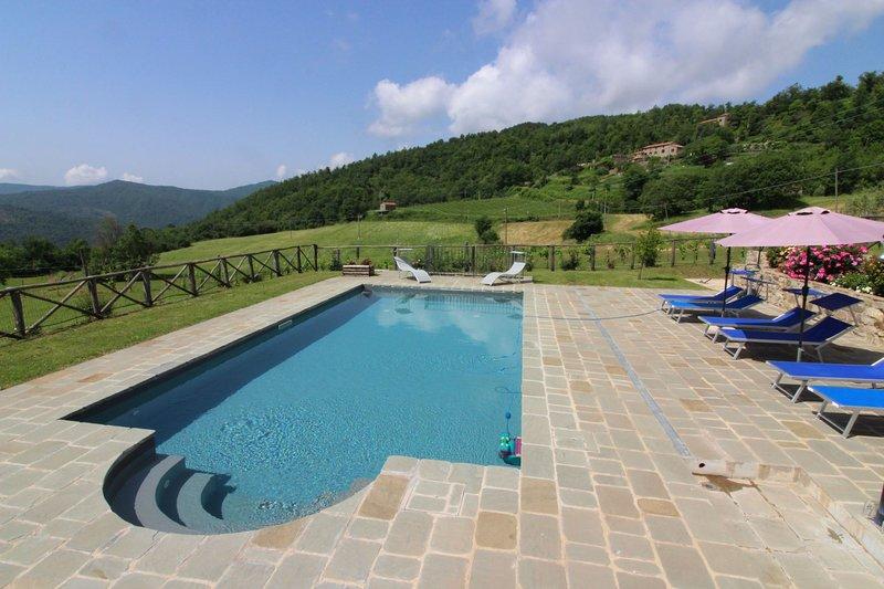 Volterrano Villa Sleeps 7 with Pool - 5569928, holiday rental in Morra