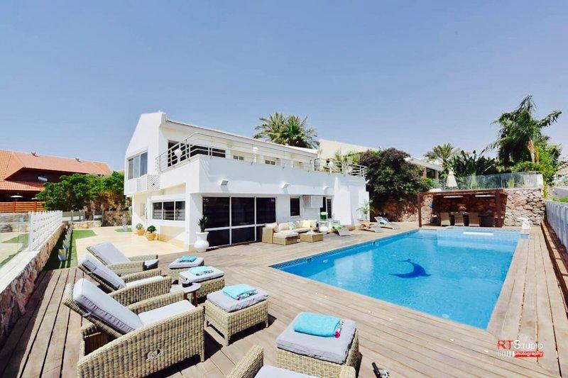 LUXURY VILLA SEA VIEW, location de vacances à Eilat