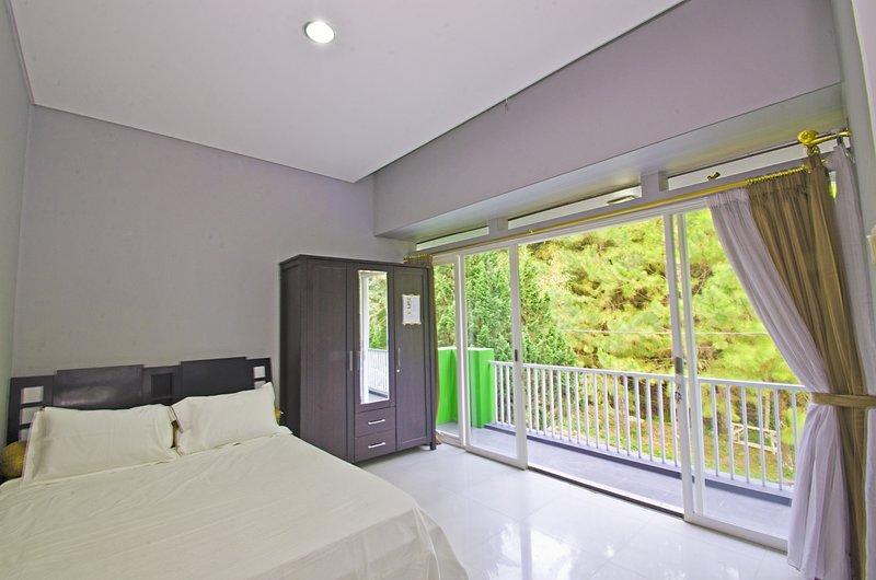 Villa Dago Bandung (Amethyst FE-54), location de vacances à Bandung