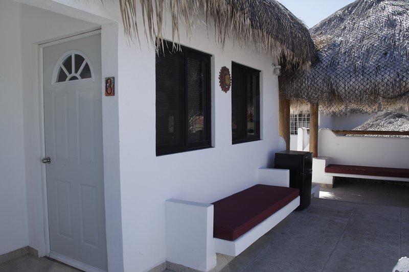 Villa Carey Bungalow 6, vacation rental in La Paz