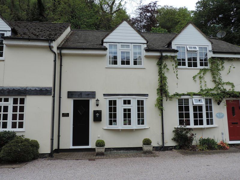 Wye Rapids Cottages, Symonds Yat West