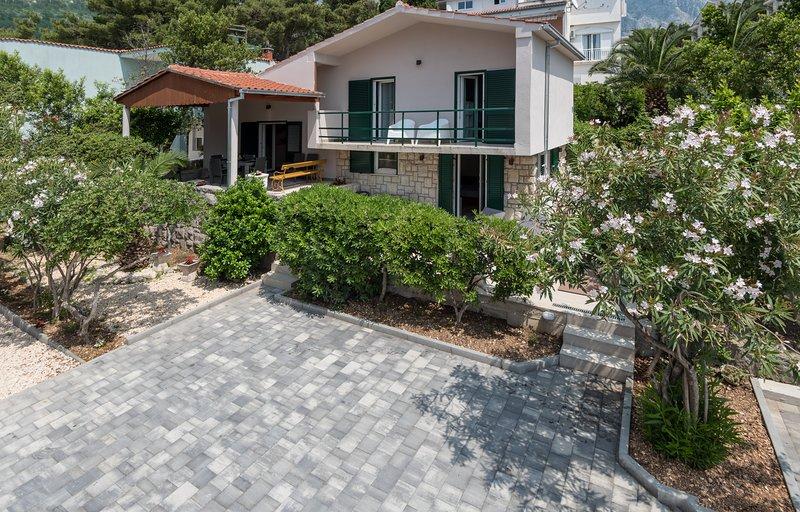 Villa Bandic, casa vacanza a Baska Voda