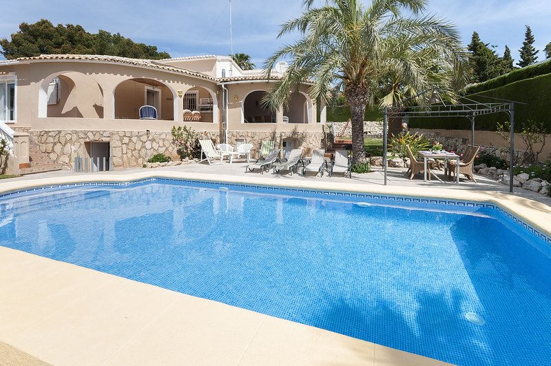 FREDERIC - Villa for 6 people in Xàbia, vacation rental in El Tosalet