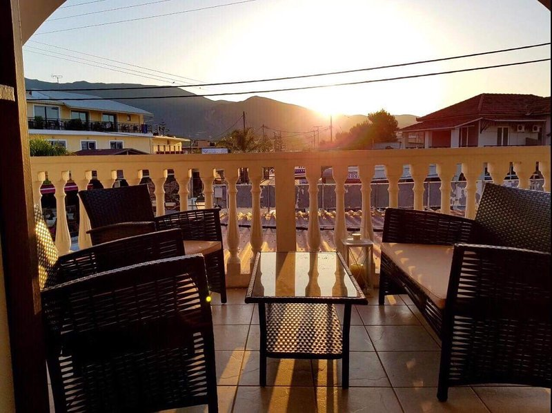 Mojo Apartments, holiday rental in Alykanas