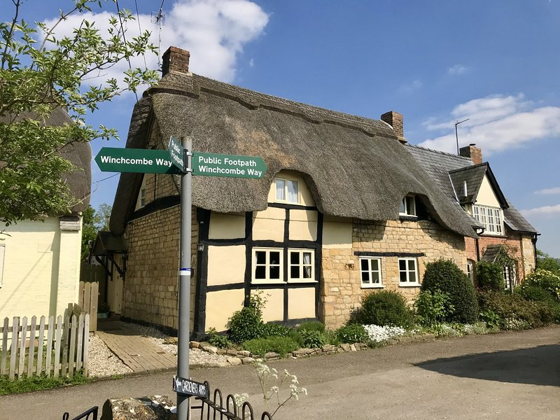 Bells Cottage. Situated at the end of a no through lane & a short walk from The Gardeners Arms