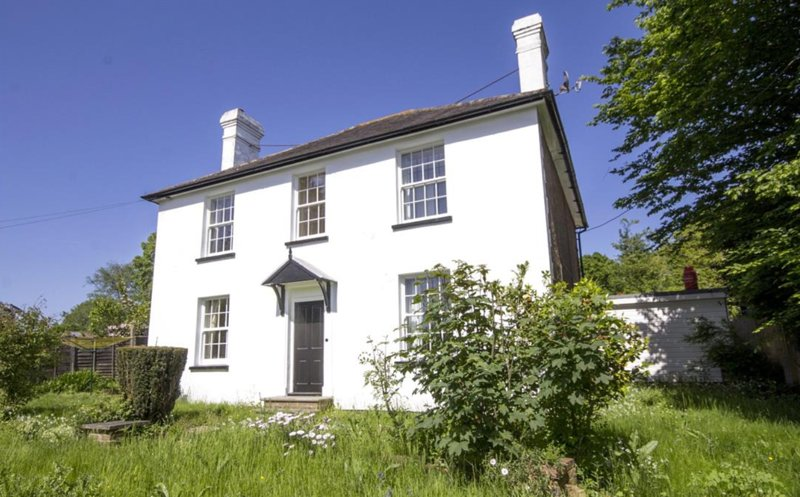 4 bed Period family home, aga, open fire near Battle.  Discounts for long stays, holiday rental in Sedlescombe