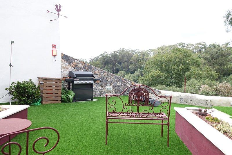 Camélia - Estúdio no Centro Histórico de Sintra, holiday rental in Galamares